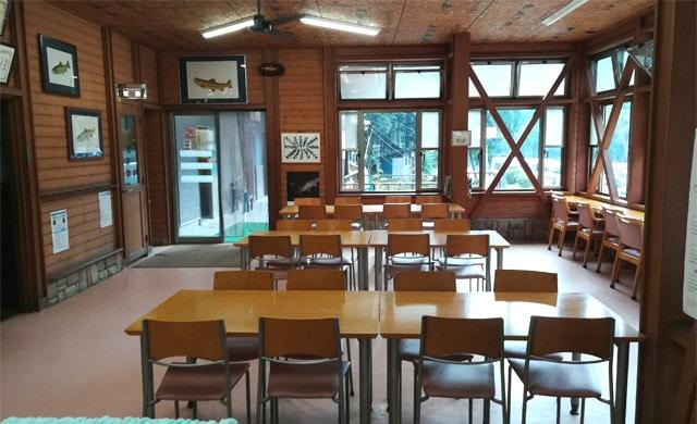 早戸川国際マス釣場のレストラン
