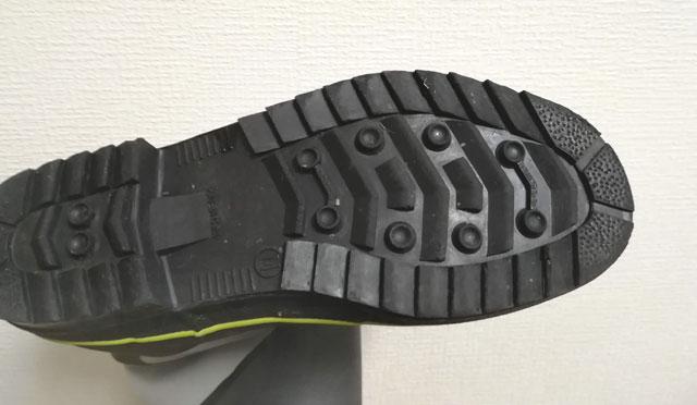 ラジアルソールの長靴