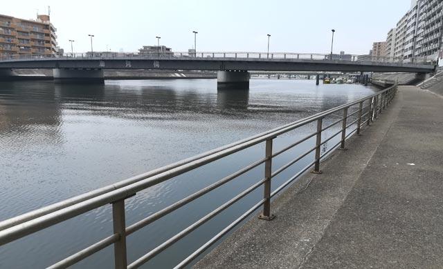 潮見橋でのハゼ釣り